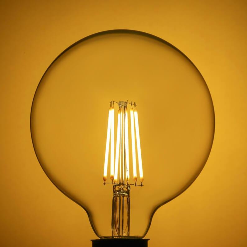 Ampoule Led Filament Globe à Vis E27 Diam 12cm 12w économie Dénergie
